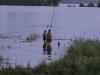 Рыбаки на вечернем Амуре у Хабаровска