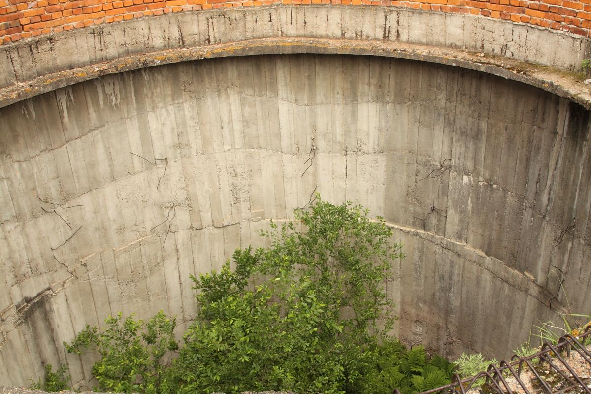 Резервуар внутри Башни Инфиделя